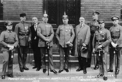 Bundesarchiv_Hitler-Ludendorff_Prozess